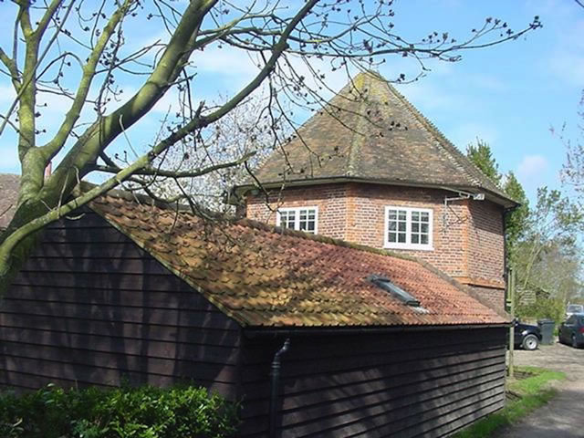 Listed-Kent-House